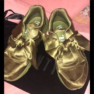 FENTY - PUMA OLIVE GREEN SATIN w/bow Sneaker